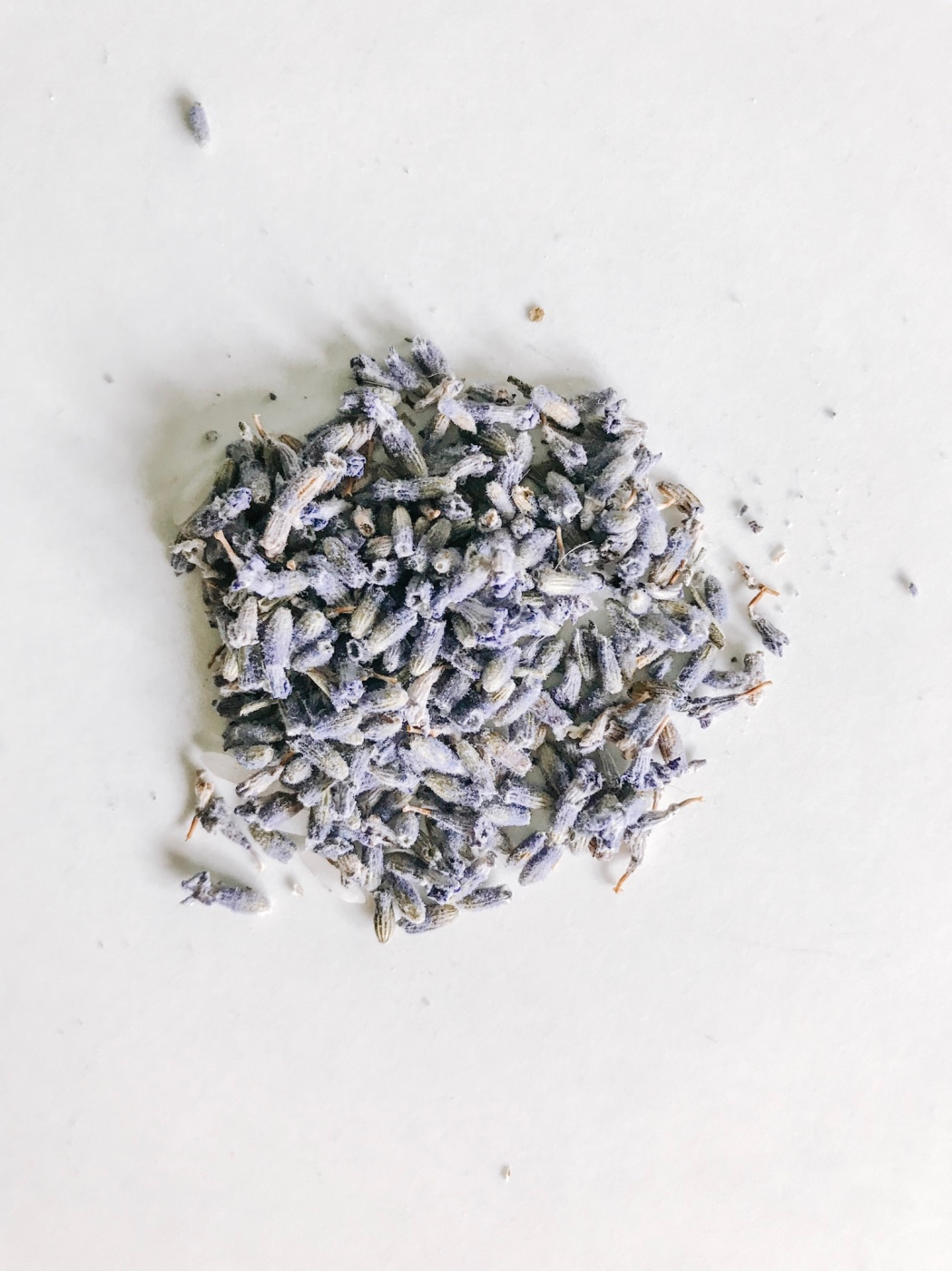 dried lavender to add to a diy drawer sachet pop shop america