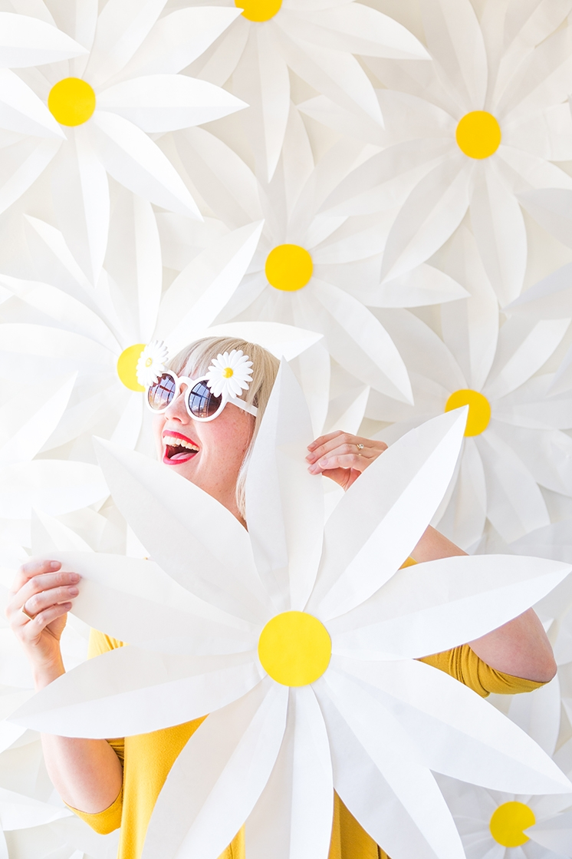 paper-daisy-tutorial-backdrop