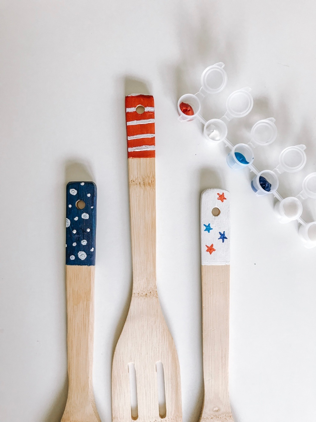 red white and blue acrylic painted kitchen spoons