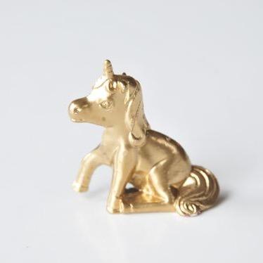 gilded-unicorn-diy-pop-shop-america-diy-blog_square