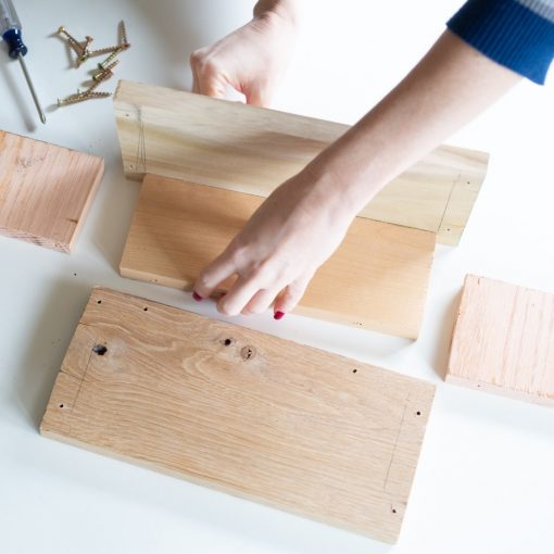 how-to-add-the-pieces-of-wood-together-planter-box-diy_square