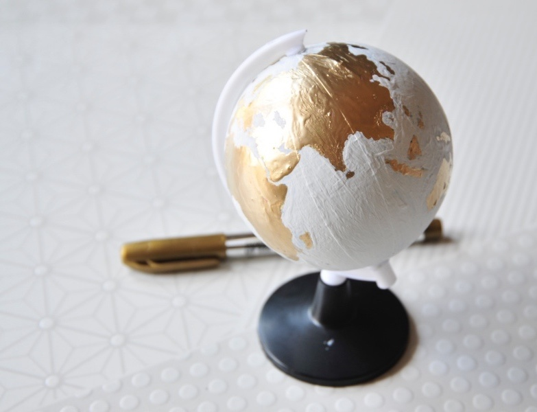 how to hand paint a chalkboard globe art subscription box tutorial_web home