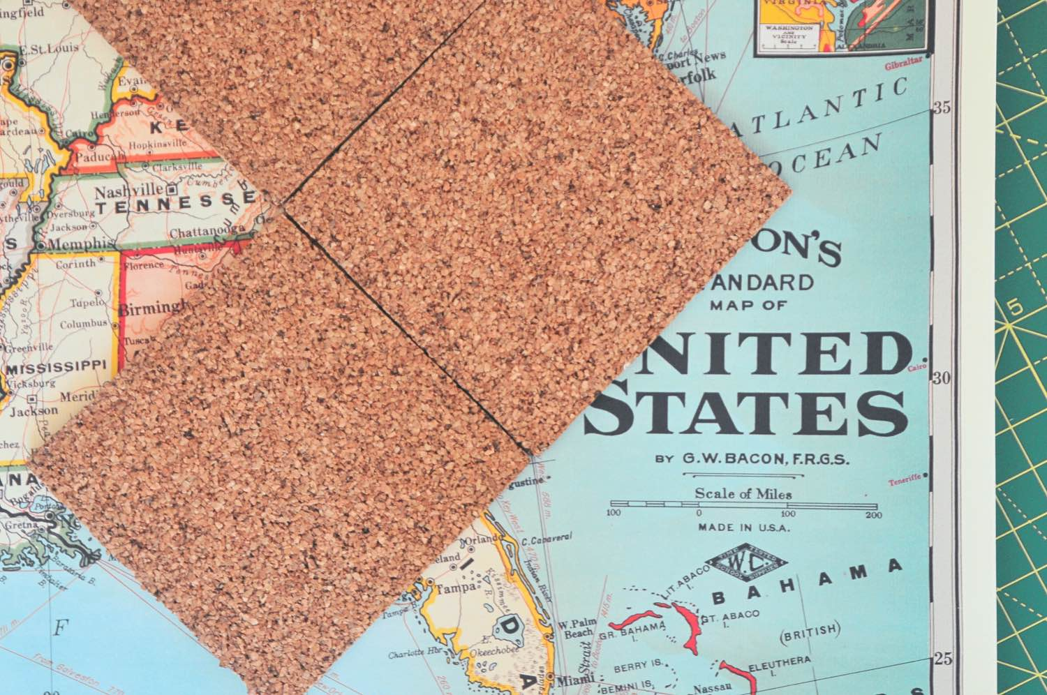 how to stencil the edges of cork diy map coasters
