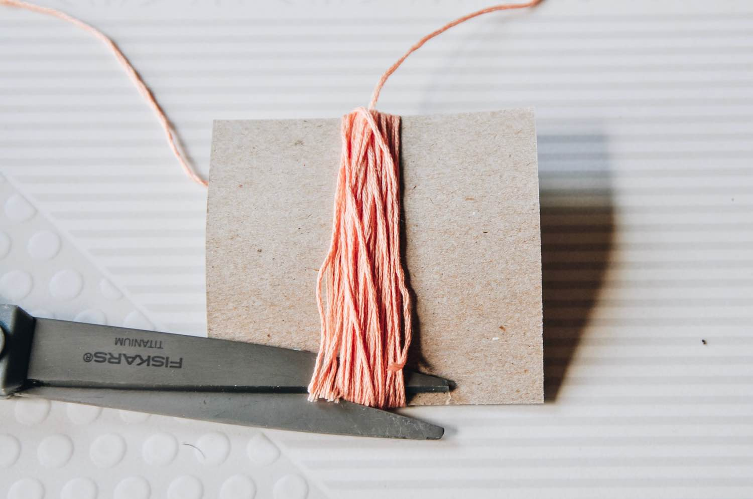how to make a tassel instructions cut the thread