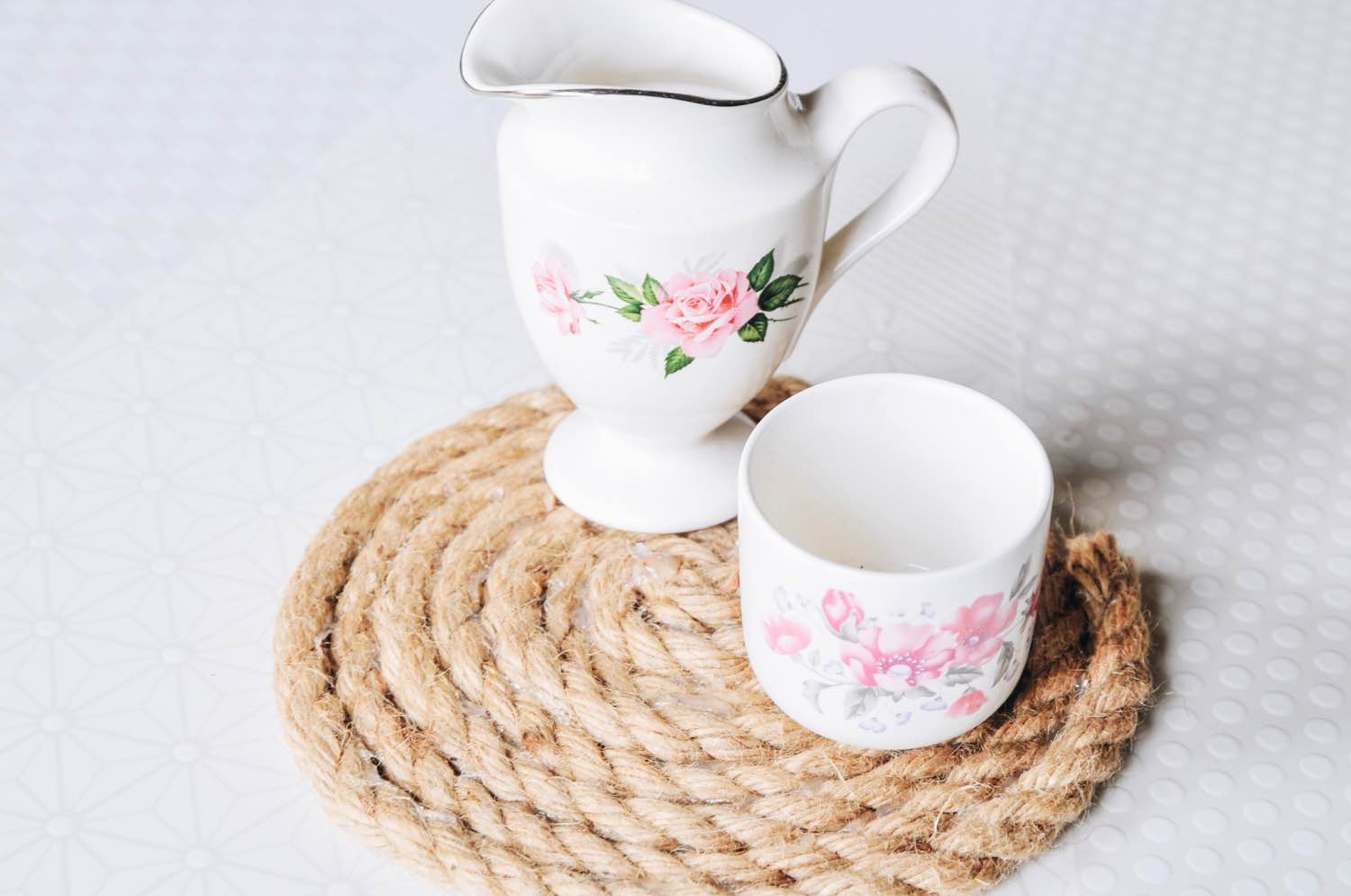 rope trivet place setting with tea pop shop america