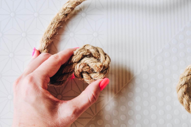 wind the rope in a spiral diy trivet instructions pop shop america