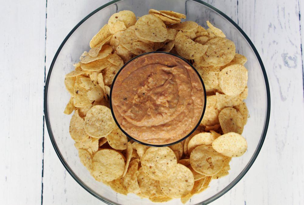 top view cheesy spicy bean dip 1