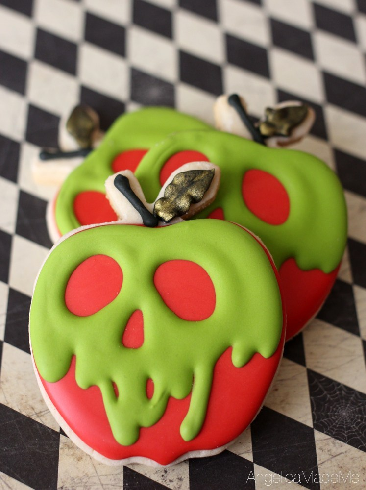 Poison-Apple-Sugar-Cookies-Recipe