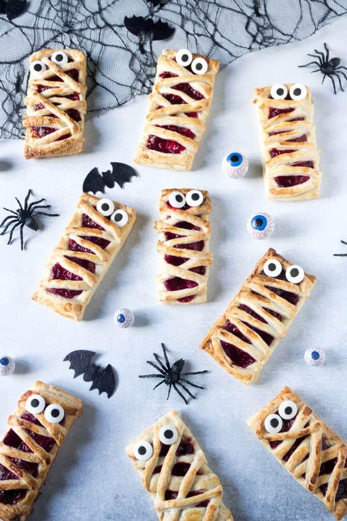 Raspberry-Mummy-Hand-Pies-Recipe