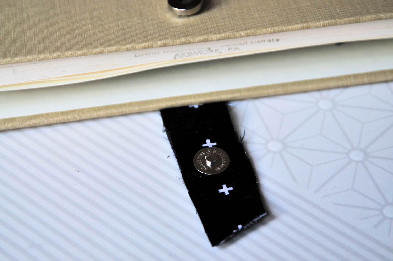 close up of the diy book clutch clasp pop shop america