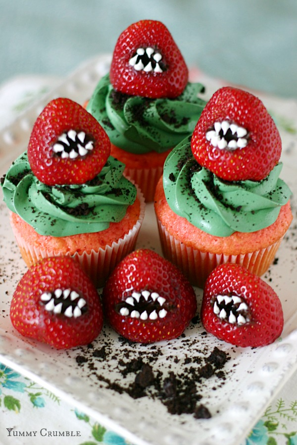 monster-strawberry-cupcakes-recipe