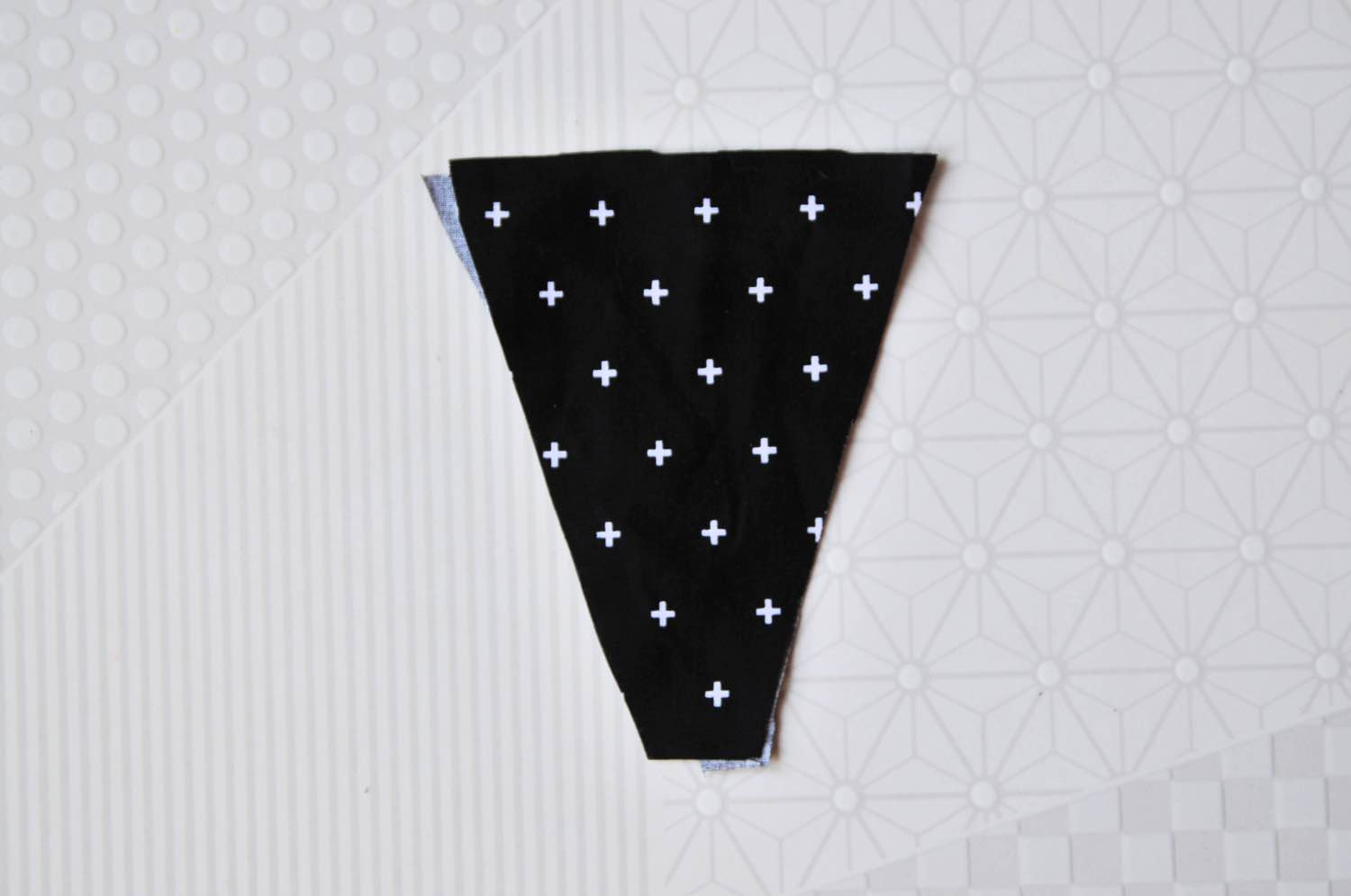 place the triangle fabric lining back to back pop shop america