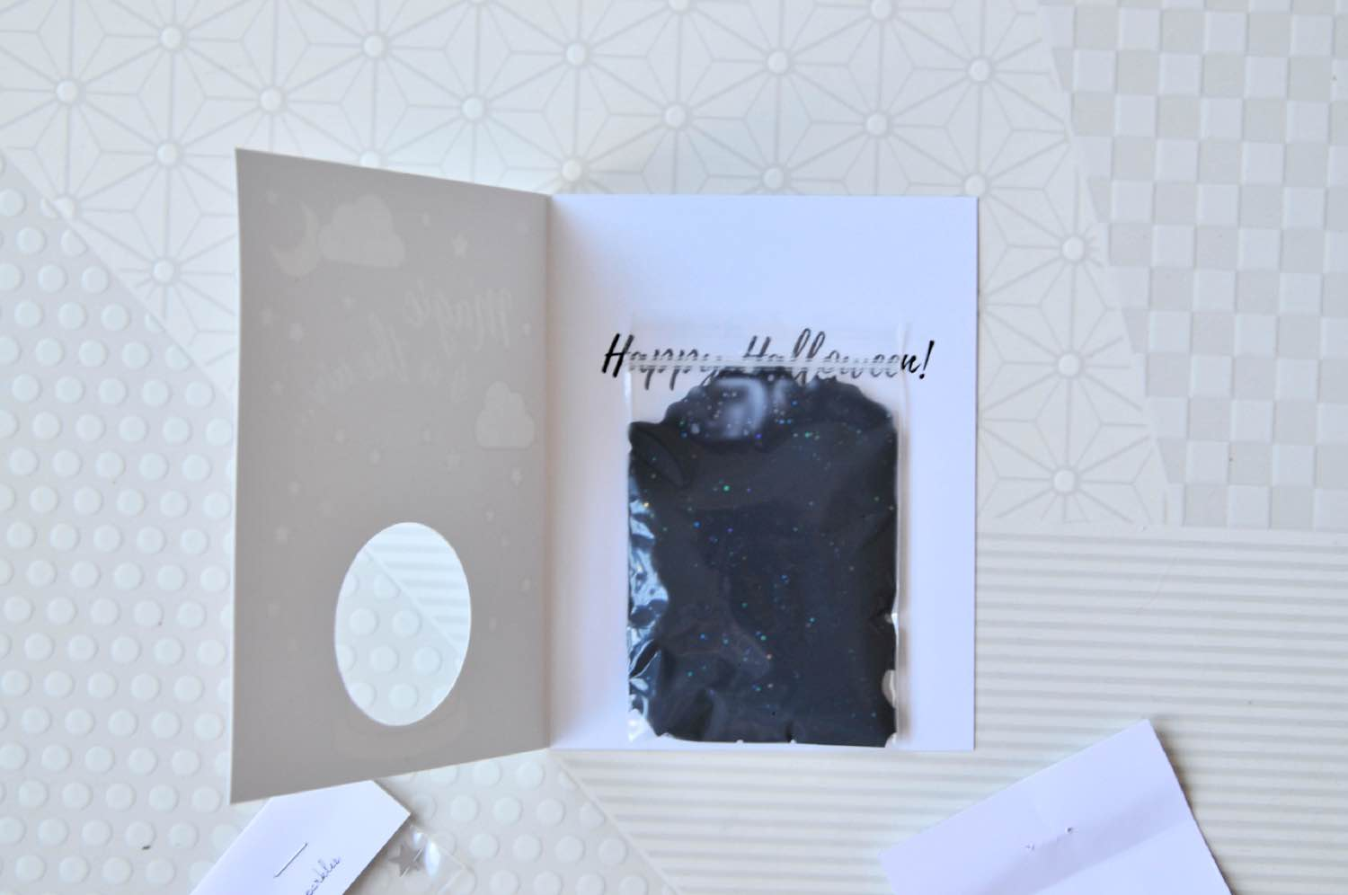 where to place the slime inside the diy halloween card