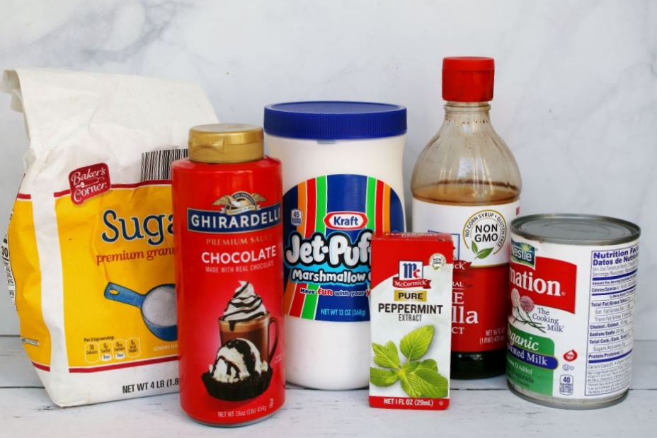 ingredients-for-peppermint-mocha-marshmallow-latte-and-creamer-supplies