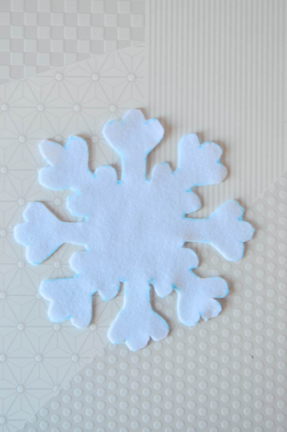 finished snowflake placemat diy pop shop america