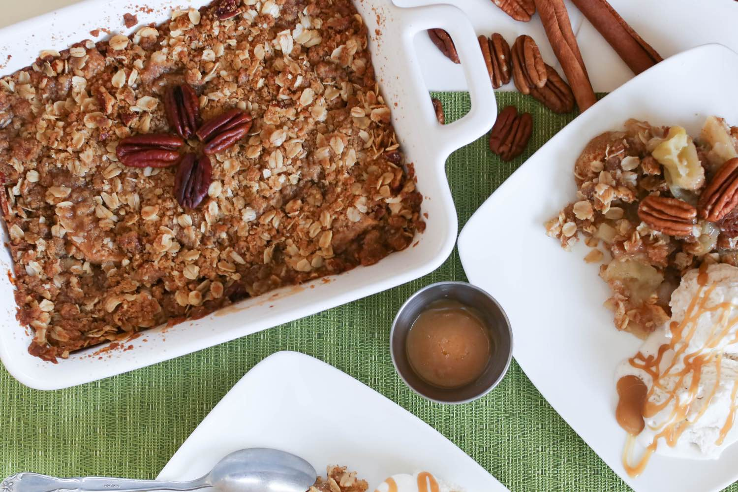 how to serve a caramel apple crisp recipe