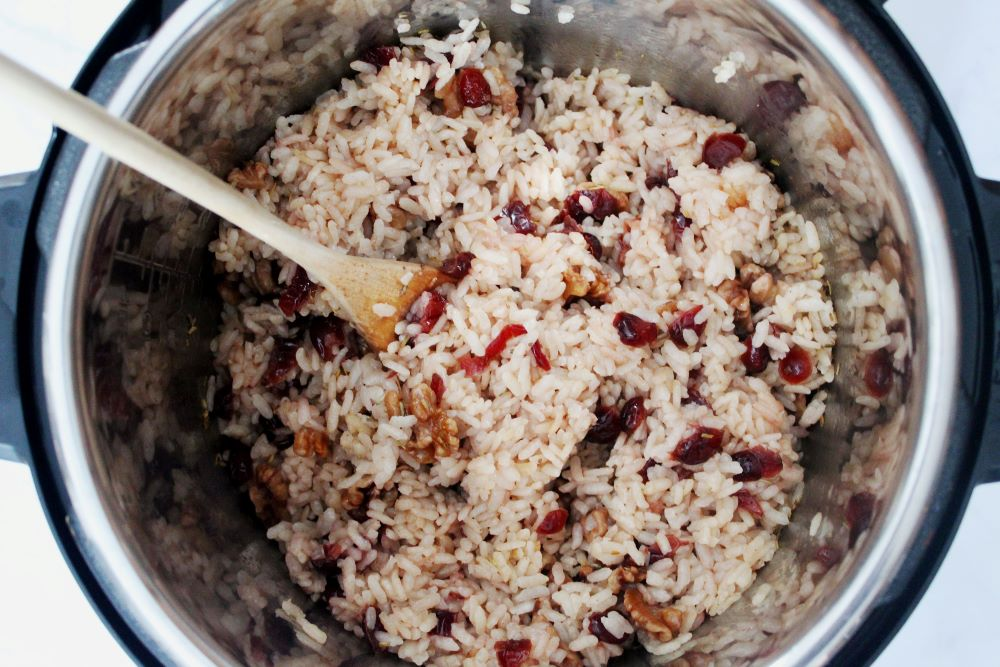 apple cider cranberry risotto cooked in instant pot 1
