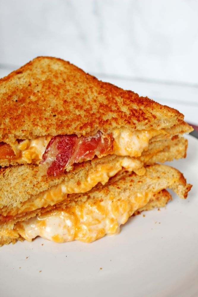 bacon cheddar ranch stacked grilled cheese 1