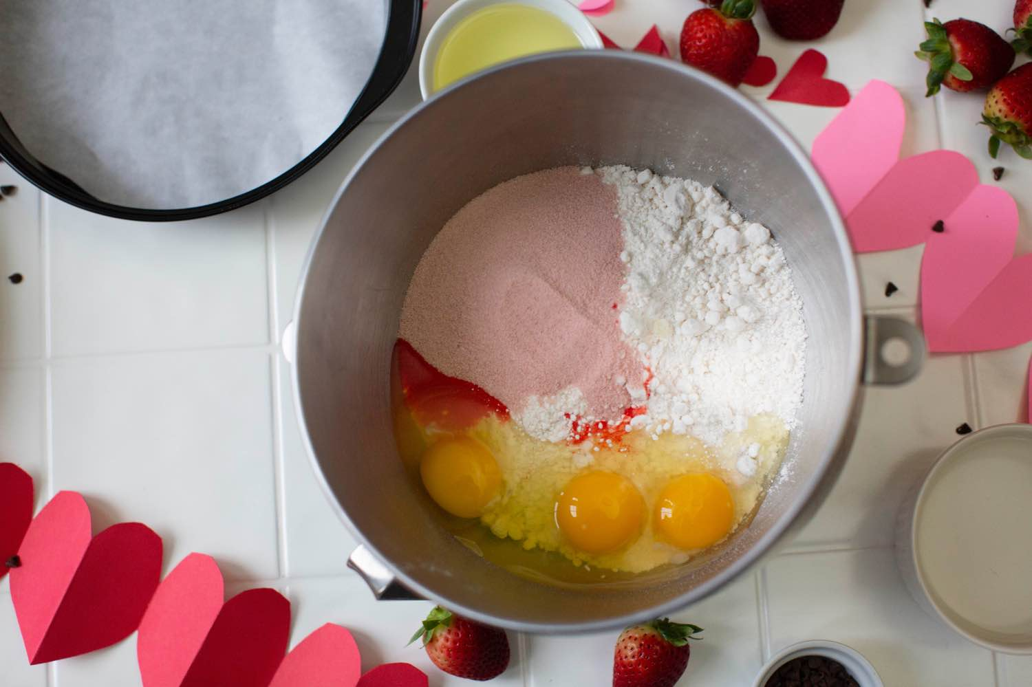 dessert recipe tutorial strawberry cake with whipped cream frosting