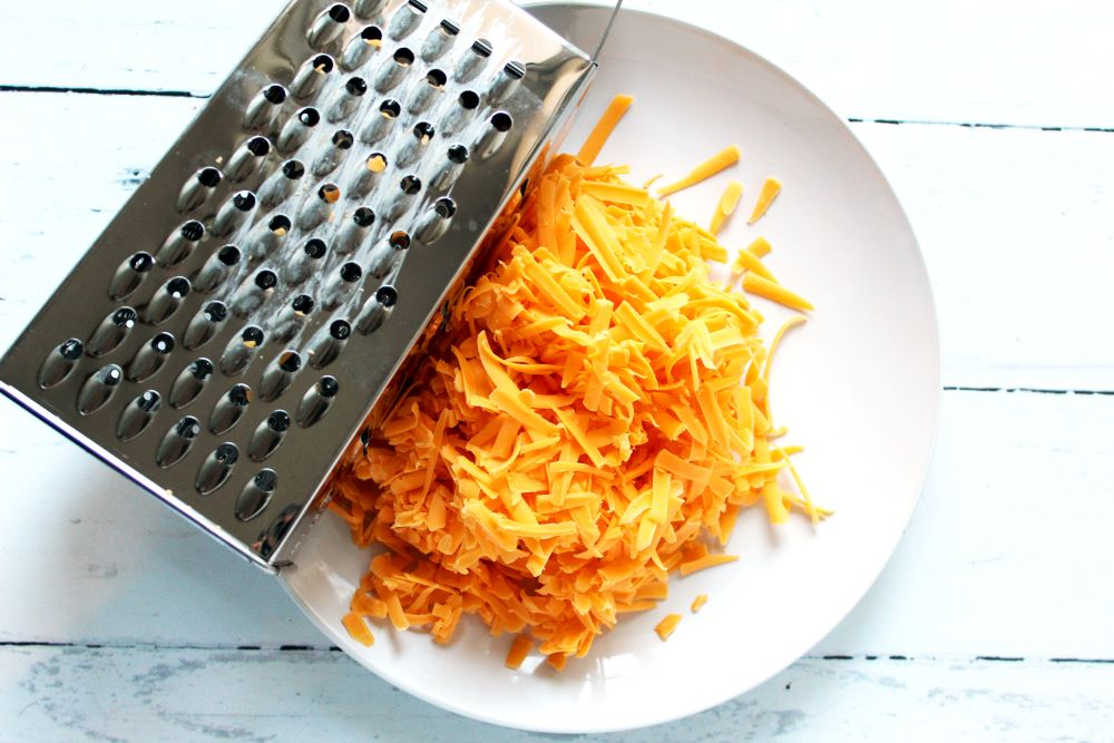 grated cheese for bacon cheddar ranch 1