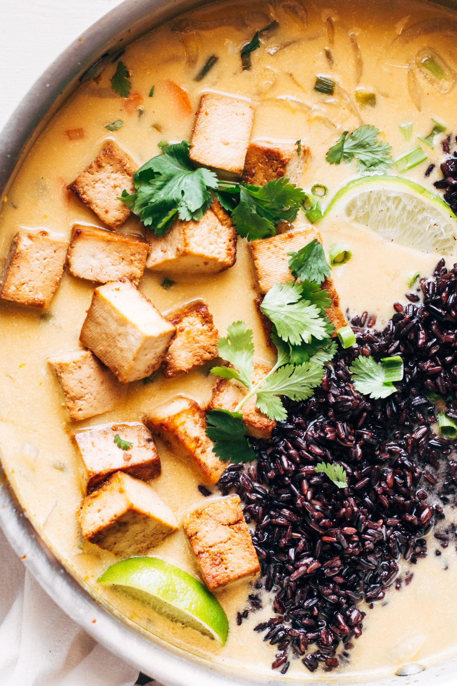 ginger-lemongrass-thai-vegan-soup-pop-shop-america