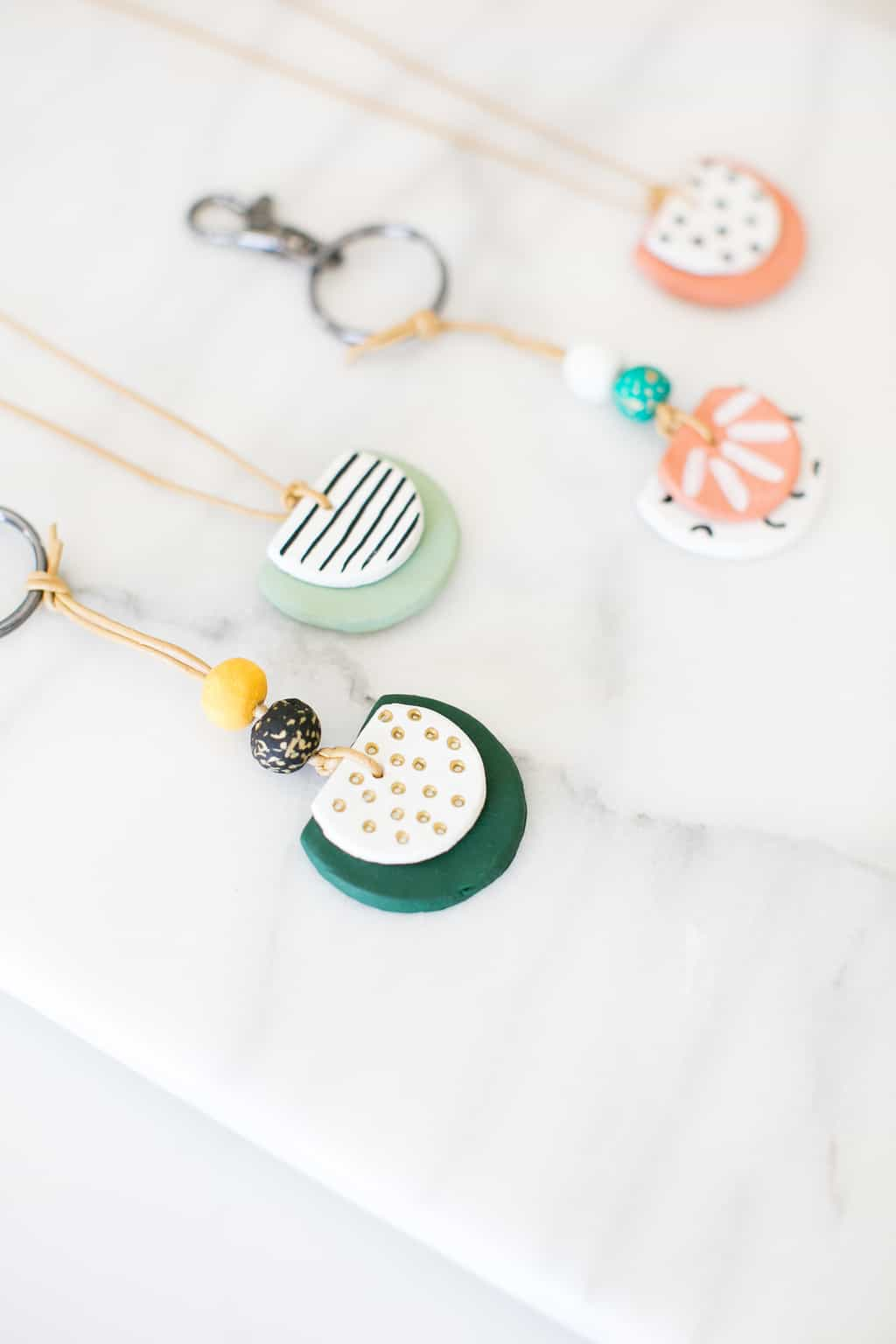 Essential-Oil-Diffuser-Key-Chains
