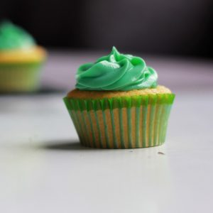 detail-of-green-cupcakes-buttermilk-cupcakes-square