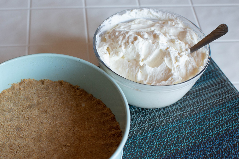 no bake cheesecake filling and graham cracker crust