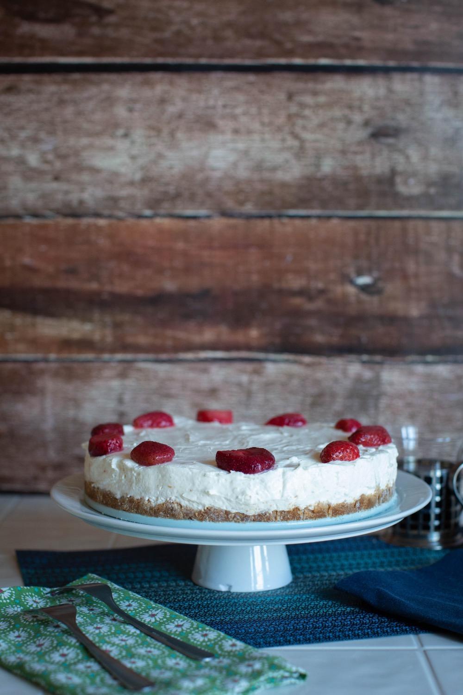 no bake cheesecake with graham cracker crust