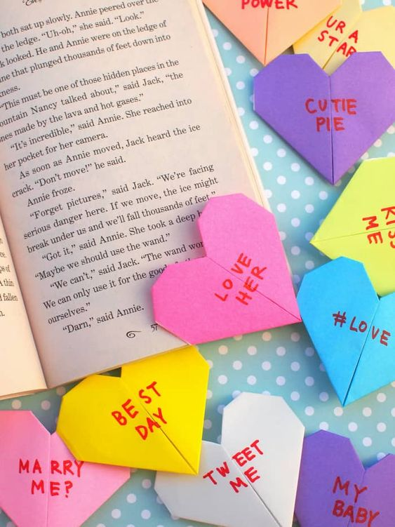 origami conversation heart bookmarks diy