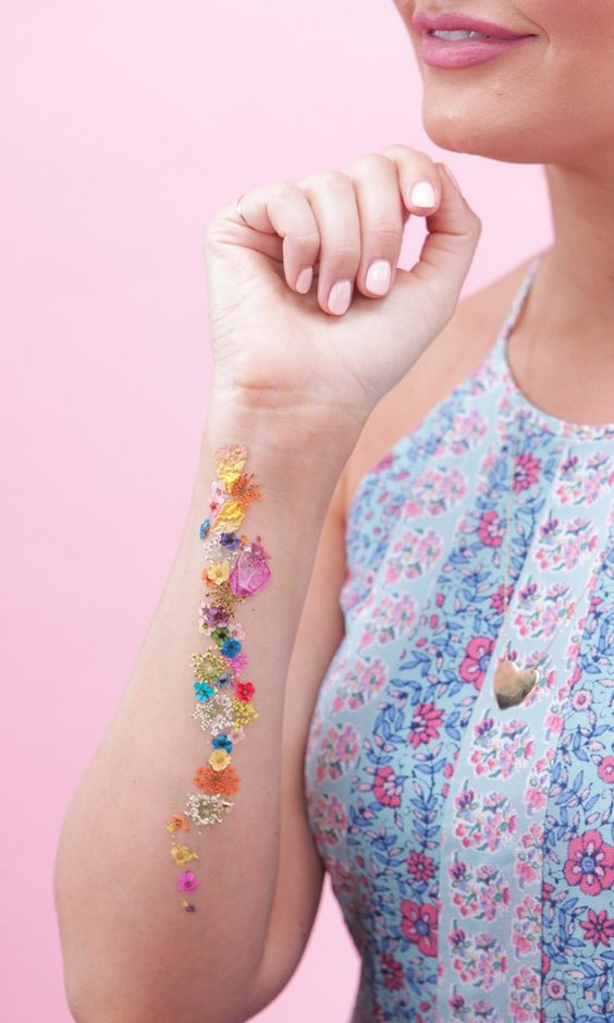 how to make a diy pressed flower temporary tatto