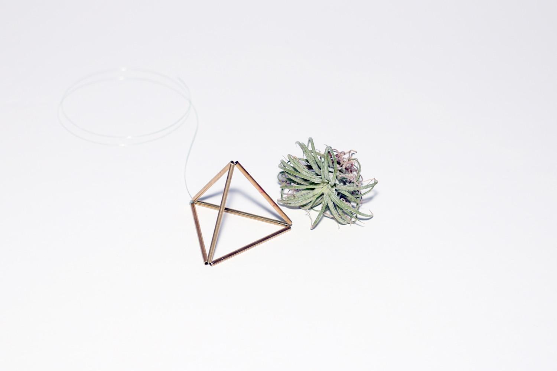 finished himmeli desktop sculpture triangle