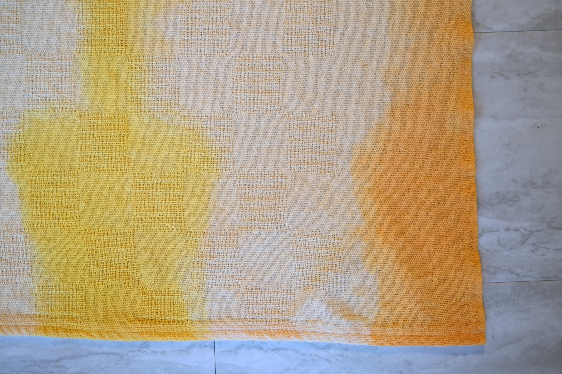 dip dyed blankets finished craft tutorial