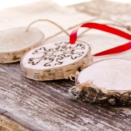wood-slice-snowflake-ornaments_square