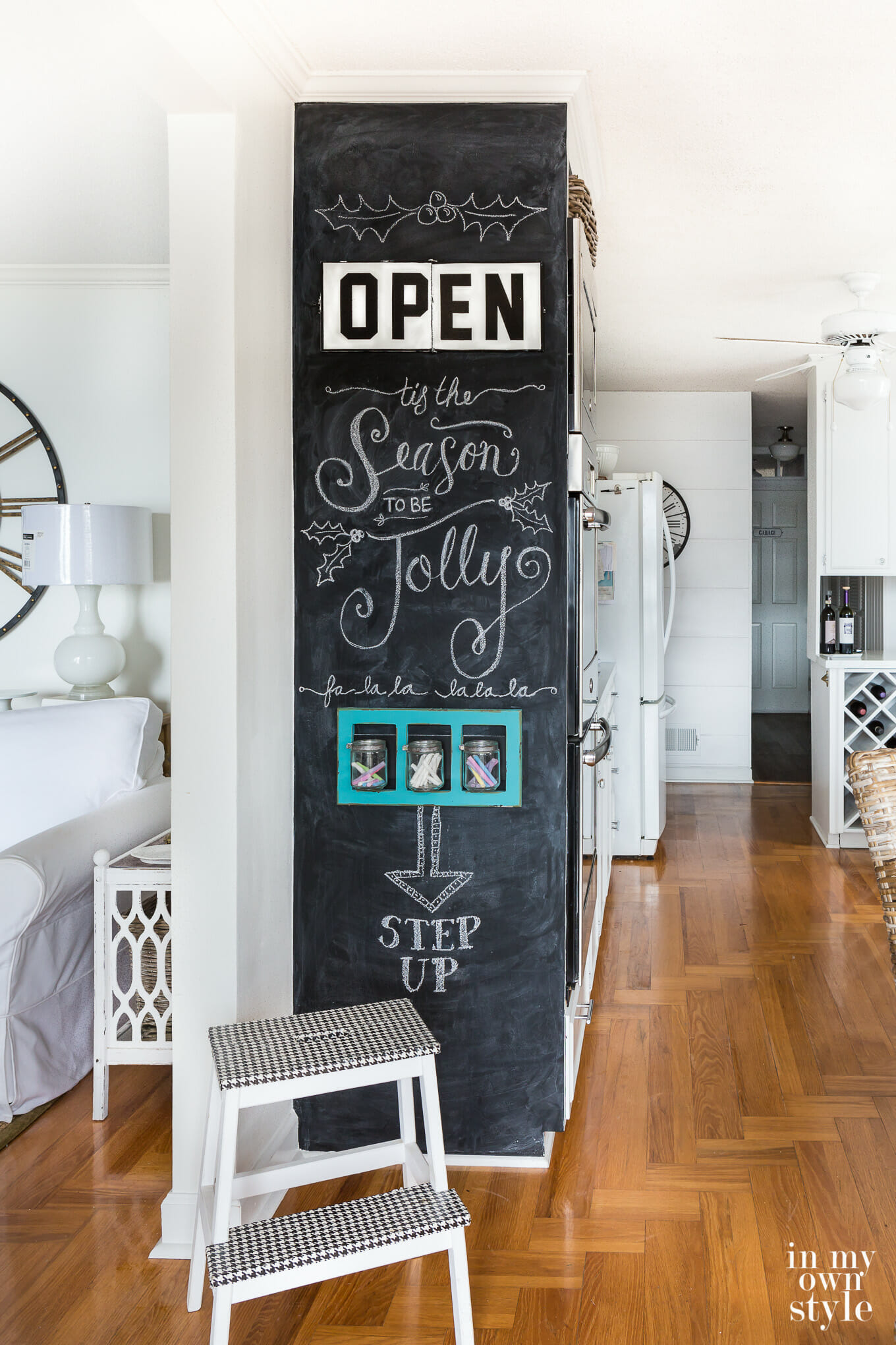How-to-create-a-floor-to-ceiling-chalkboard-on-a-wall-0375-1