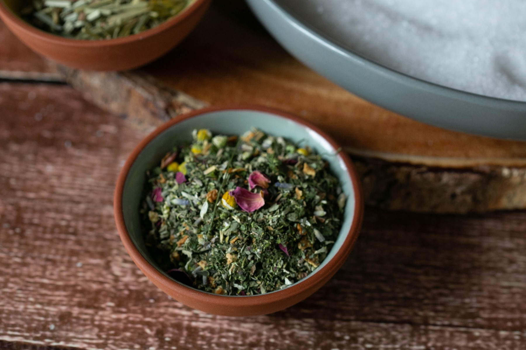 herbs and flowers to add to to diy herbal bath soaks