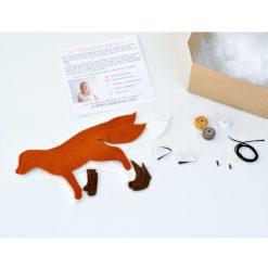 inside-the-felt-fox-making-kit-square