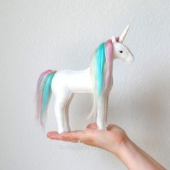 white-felt-unicorn-craft-supply-kit-pop-shop-america_square