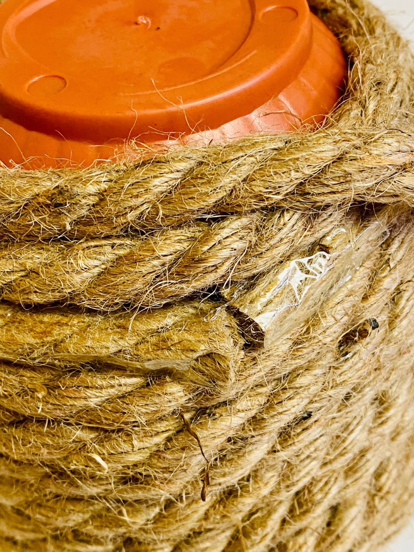cover the rope around the planter diy beehive tutorial