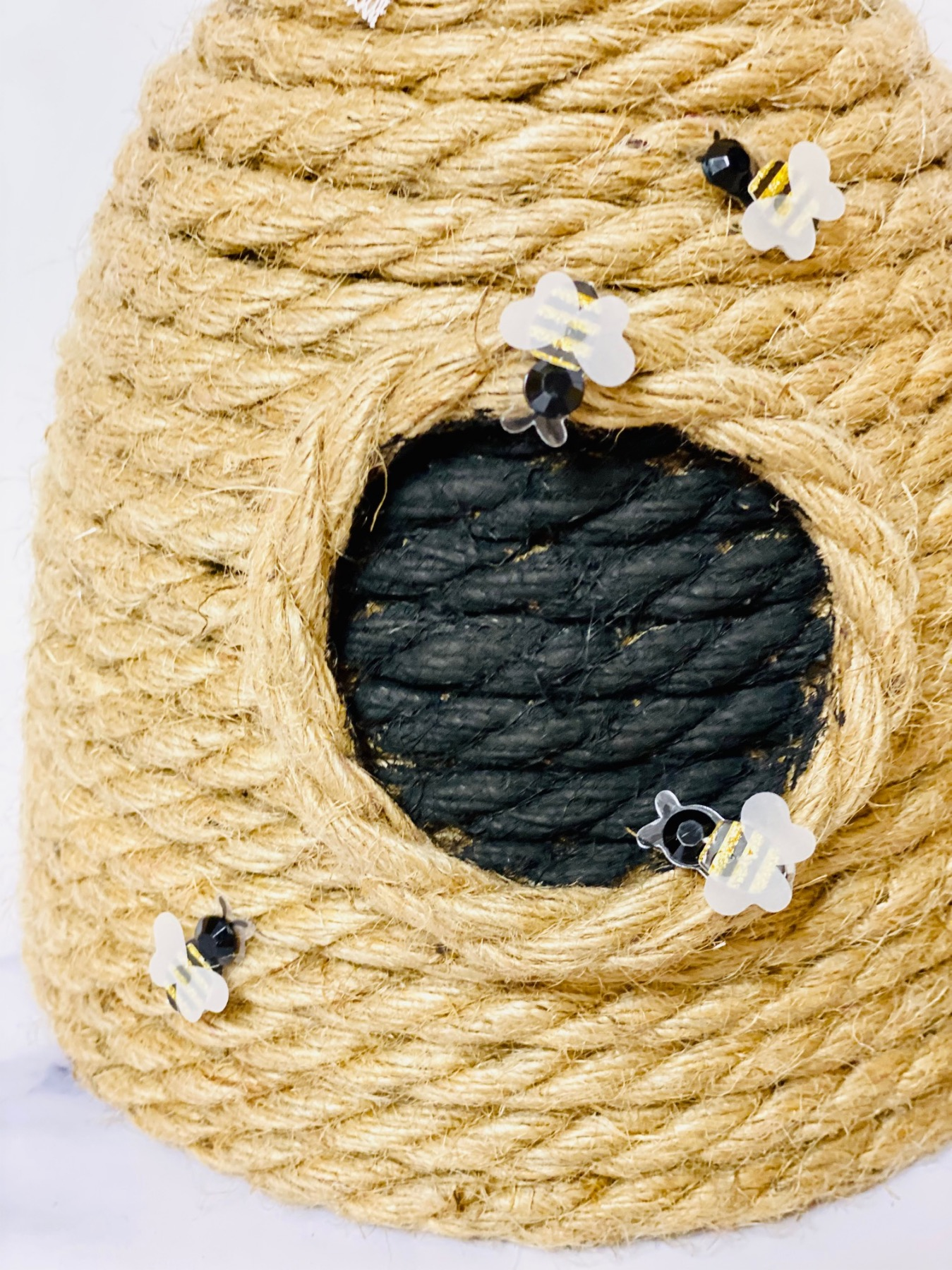 how to make a diy rope beehive decoration finished