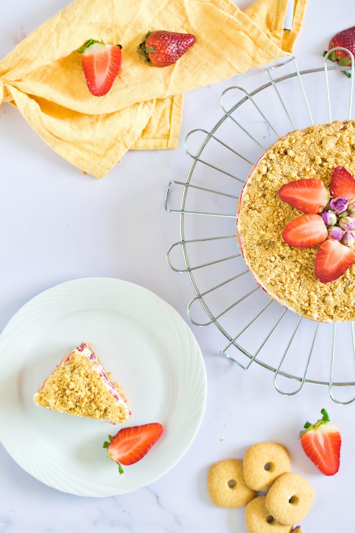 slice of strawberry crumble recipe pop shop america