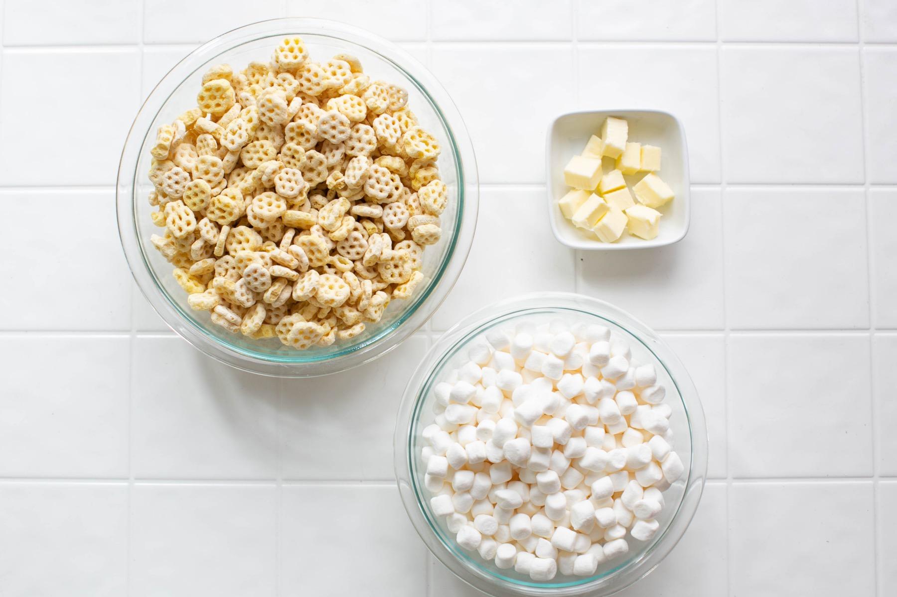 ingredients to make honeycomb marshmallow crispy treats