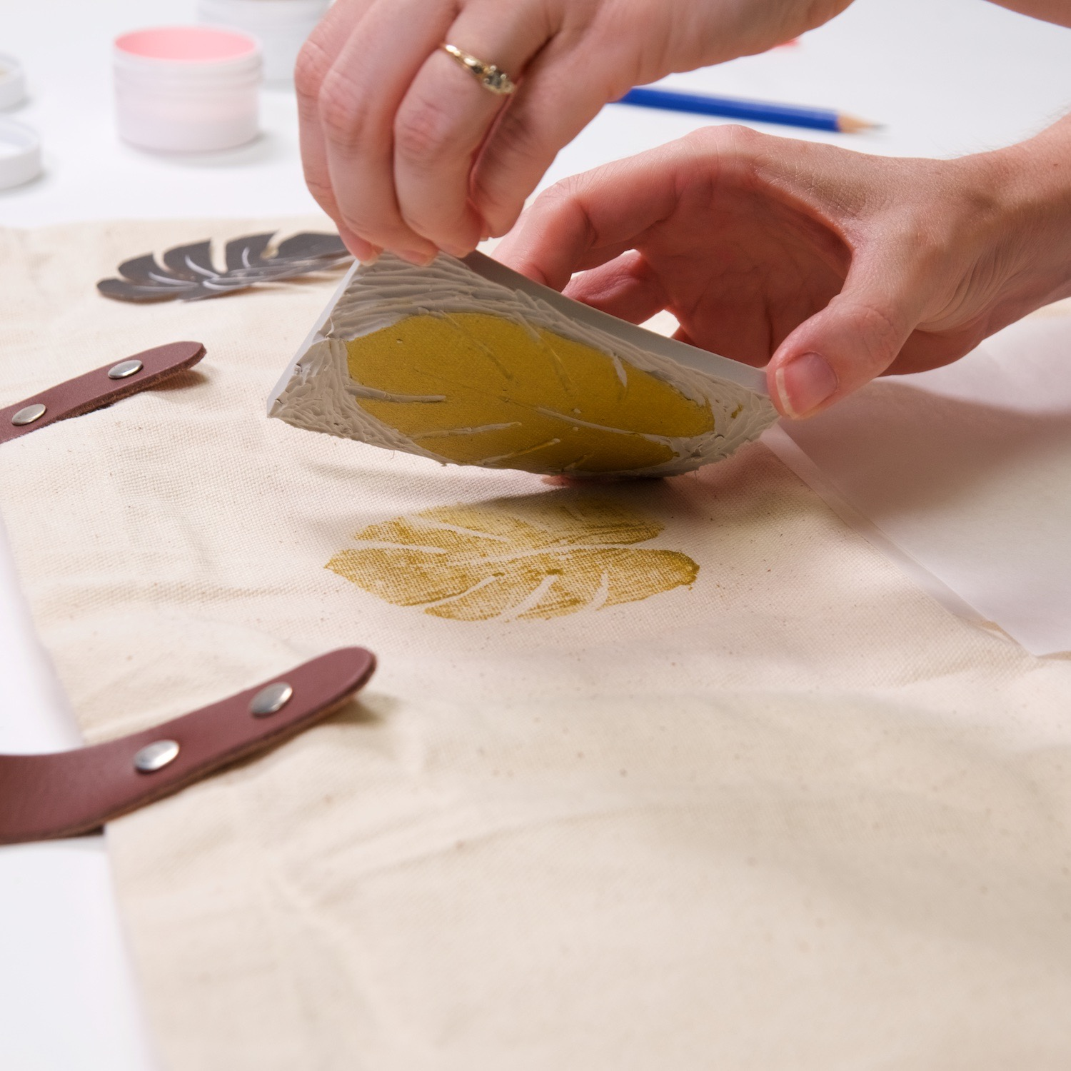 lift the linocut directly off the printed tote