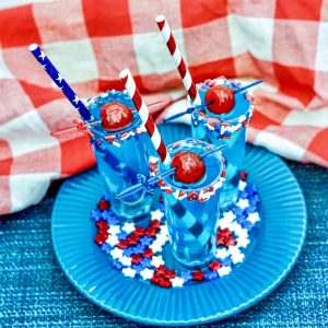 finished cocktail shooters with calypso blue ocean lemonade square