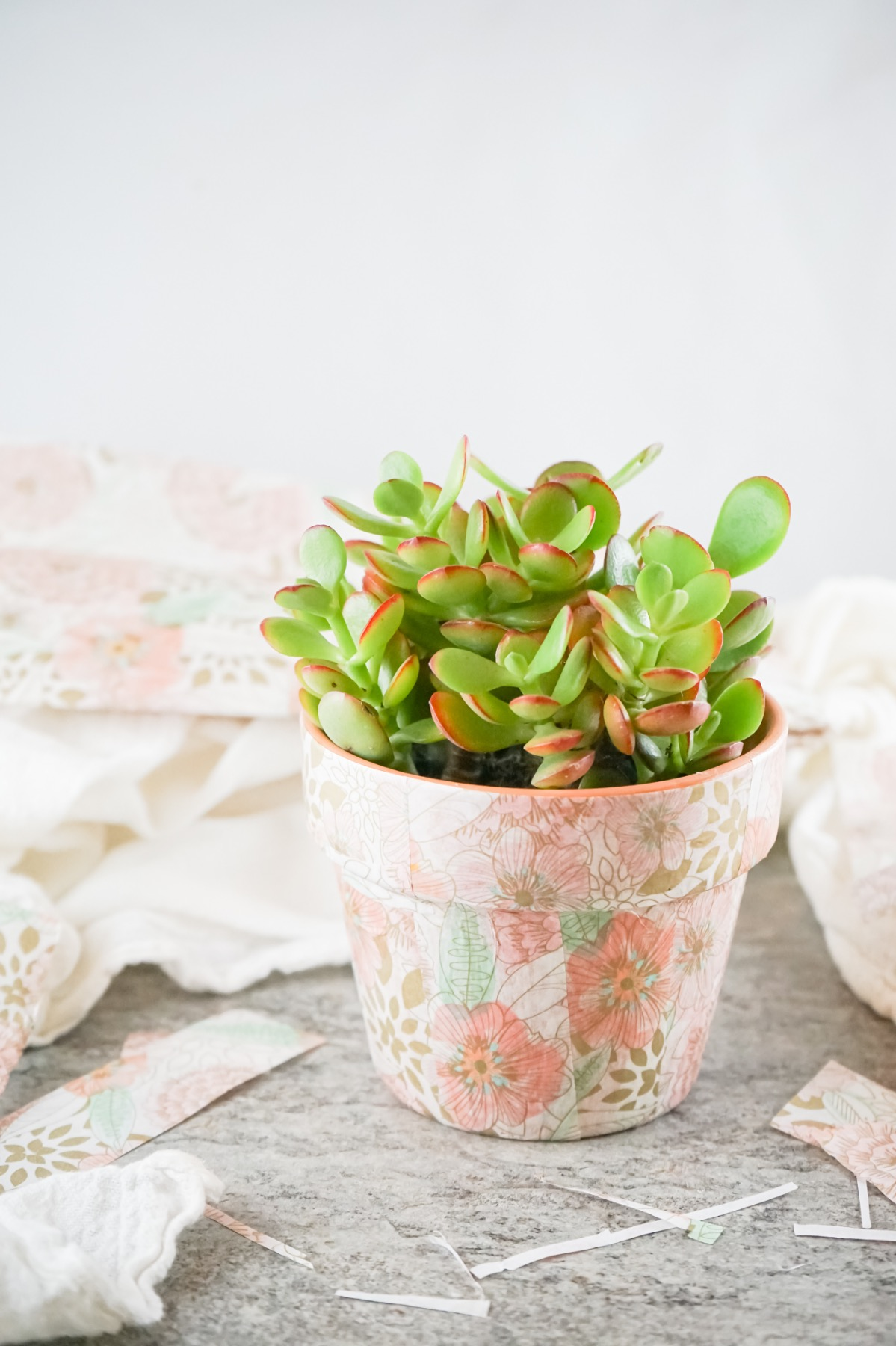 how to decoupage with mod podge terra cotta planter