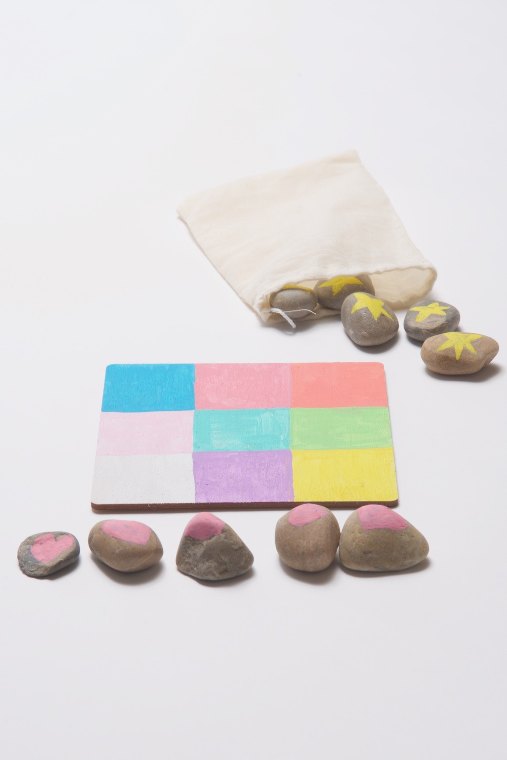 how to make a painted rock tic tac toe set