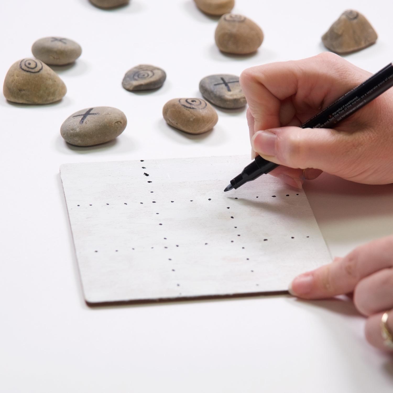 painted rock tic tac toe game diy tutorial