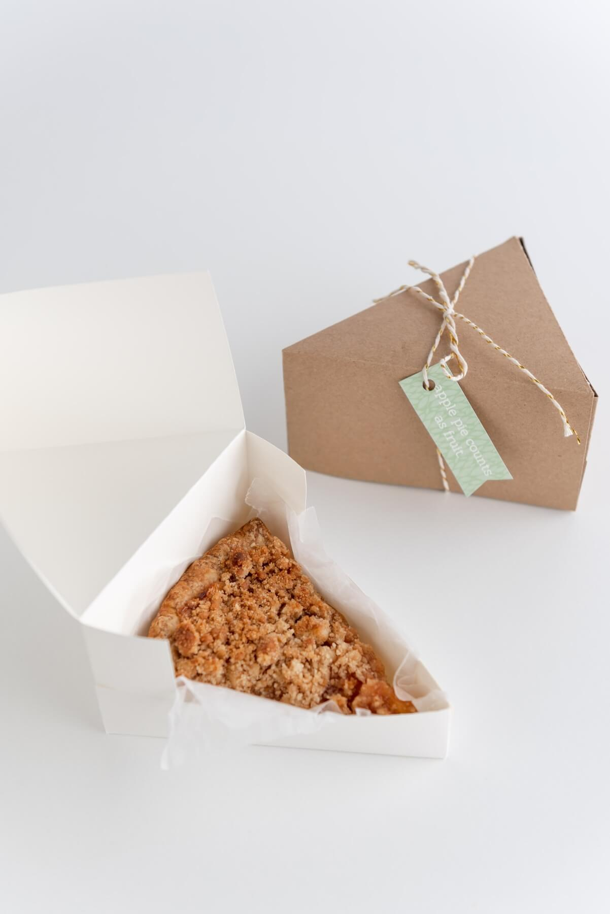 close up of finished pie slice box free template