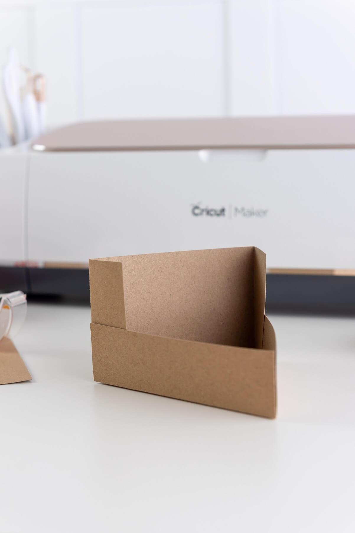 fold the foldable cricut cut pie box