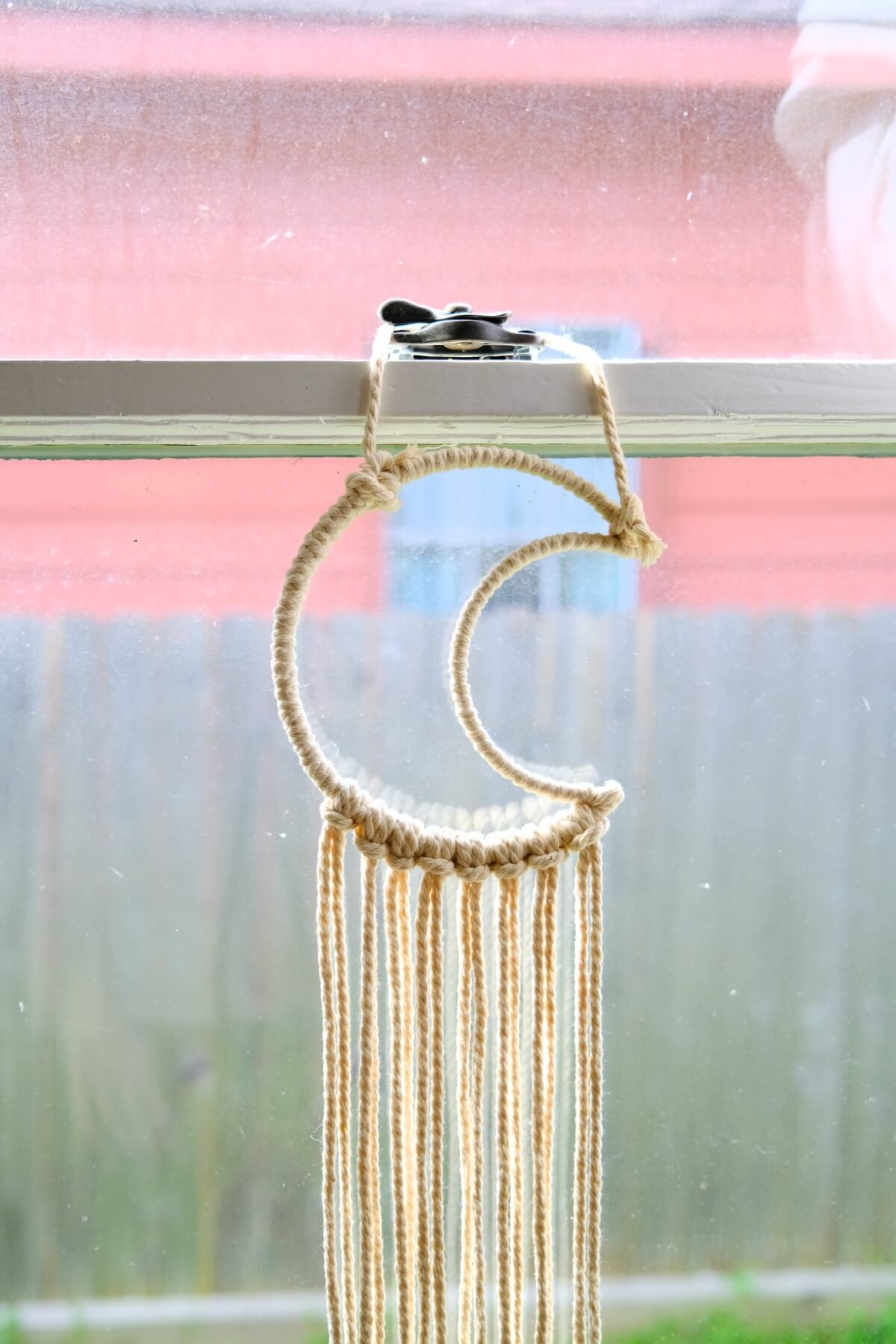 how to hang your macrame while you are working